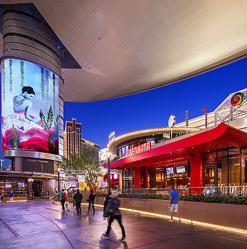 Enjoy Luxury Shopping in Las Vegas with a Premier Passport of Savings