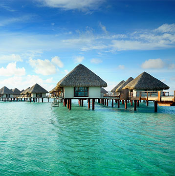 Live the magic and romance in French Polynesia, an ideal place for honeymoons.