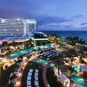 Get a $125 credit on food at the Fountainebleau Miami Beach with Visa.