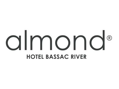 Almond Hotel Bassac River